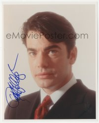 4p0537 PETER GALLAGHER signed color 8x10 REPRO still 2000s head & shoulders portrait in suit & tie!
