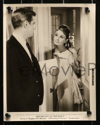 4r1233 BREAKFAST AT TIFFANY'S 5 8x10 stills 1961 great images of Audrey Hepburn, George Peppard!