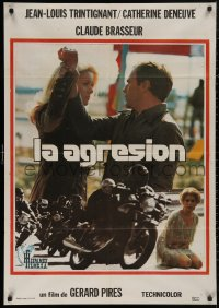 5b0691 ACT OF AGGRESSION Spanish 1975 Catherine Deneuve about to slap Jean-Louis Trintignant!