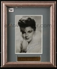 5y0033 JUDY GARLAND framed signed 5x7 photo 1950s great portrait ready to hang on your wall!