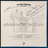 5y0039 RAQUEL WELCH signed 33 1/3 RPM record 1974 on the The Three Musketeers soundtrack album!