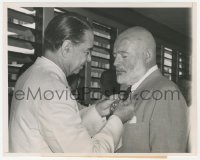 6w0163 ERNEST HEMINGWAY 7.25x9 news photo 1954 receiving Order of Carlos Manuel de Cespedes award!