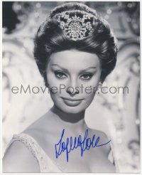 7w1045 SOPHIA LOREN signed 8x10 REPRO still 2000s close portrait of the beautiful Italian star!