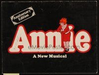 1x447 ANNIE program '77 from Broadway, classic orphan musical!