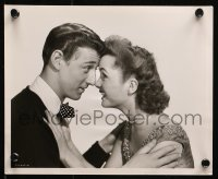 3g1144 AFFAIRS OF DOBIE GILLIS 2 8x10 stills 1953 Debbie Reynolds & Van in MGM's love-happy musical!