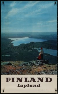 8p0034 FINLAND 24x39 Finnish travel poster 1950s great image of two women over landscape!